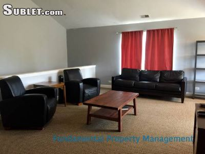 Image 3 furnished 2 bedroom Townhouse for rent in Oswego, Kendall County