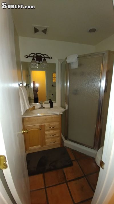 Image 3 furnished Studio bedroom Apartment for rent in Mission Hills, Western San Diego