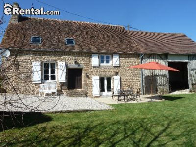 Image 1 furnished 3 bedroom House for rent in Other Orne, Orne