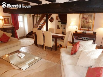 Image 3 furnished 3 bedroom House for rent in Other Orne, Orne