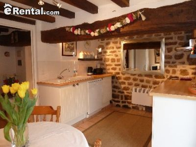 Image 5 furnished 3 bedroom House for rent in Other Orne, Orne