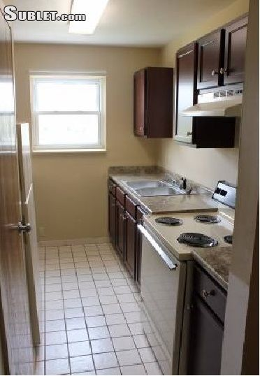 Image 3 unfurnished 3 bedroom Apartment for rent in Edinboro, Erie County