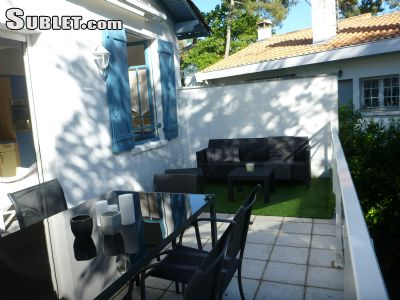 Image 1 furnished 4 bedroom House for rent in Other Charente-Maritime, Charente-Maritime
