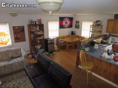 Image 4 unfurnished 4 bedroom House for rent in Burlington, Chittenden County