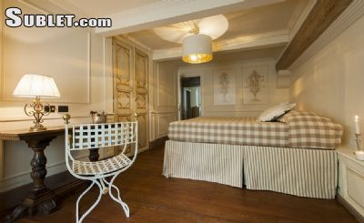 Image 2 furnished 4 bedroom Apartment for rent in Florence, Florence