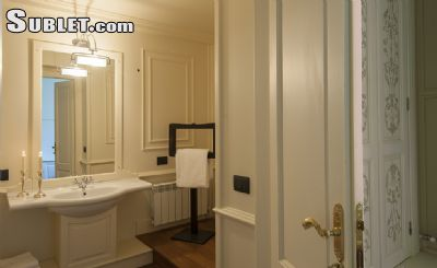 Image 5 furnished 4 bedroom Apartment for rent in Florence, Florence
