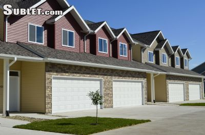 Image 2 furnished 3 bedroom Townhouse for rent in Iowa City, Cedar Rapids Area