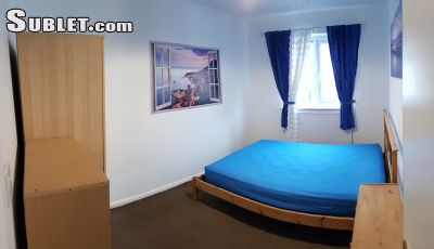 Image 2 Furnished room to rent in Stratford, Newham 4 bedroom House
