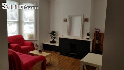 Image 3 Furnished room to rent in Stratford, Newham 4 bedroom House