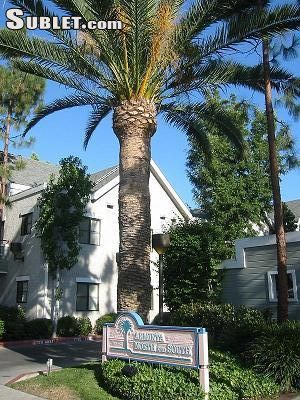 Image 2 unfurnished 3 bedroom Apartment for rent in Sun Valley, San Fernando Valley