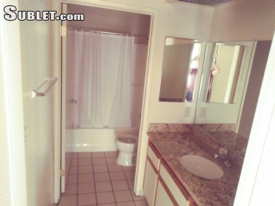 Image 5 unfurnished 3 bedroom Apartment for rent in Sun Valley, San Fernando Valley