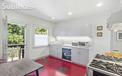 Image 6 furnished 2 bedroom Townhouse for rent in Berkeley, Oakland