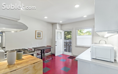 Image 7 furnished 2 bedroom Townhouse for rent in Berkeley, Oakland