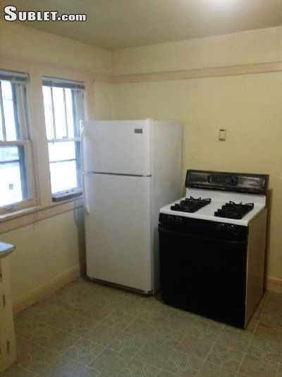 Image 2 unfurnished 2 bedroom House for rent in Downtown, Milwaukee