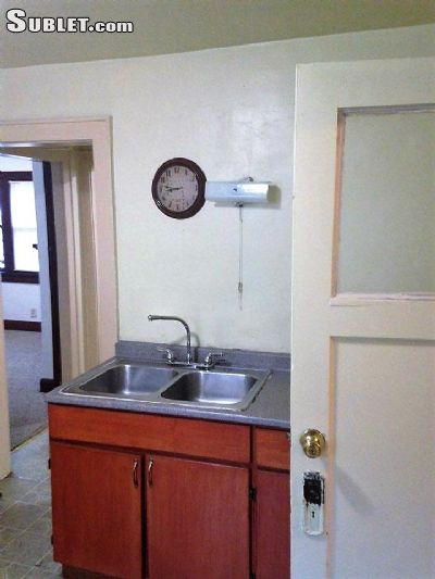 Image 3 unfurnished 2 bedroom House for rent in Downtown, Milwaukee