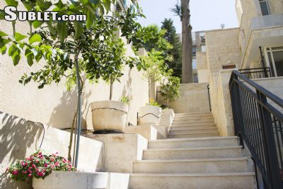 Image 3 furnished 5 bedroom House for rent in Haifa, Haifa