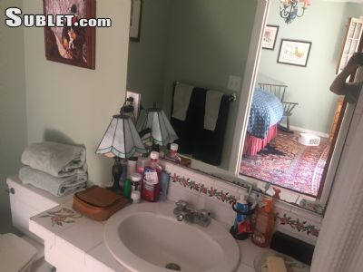Image 2 unfurnished Studio bedroom Apartment for rent in West Hollywood, Metro Los Angeles