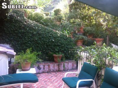 Image 5 unfurnished Studio bedroom Apartment for rent in West Hollywood, Metro Los Angeles