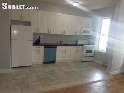 Image 4 unfurnished 4 bedroom Apartment for rent in Bushwick, Brooklyn