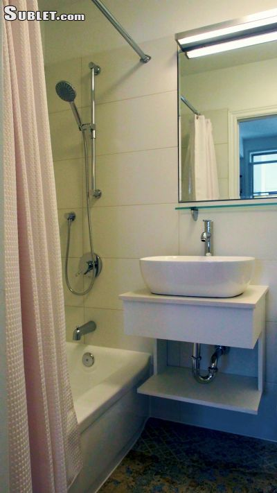 Image 9 furnished 1 bedroom Apartment for rent in Plateau Mount Royal, Montreal Area