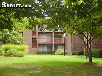 Image 2 unfurnished 2 bedroom Apartment for rent in Herndon, DC Metro