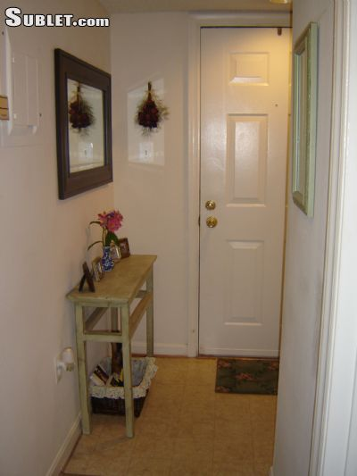 Image 4 unfurnished 2 bedroom Apartment for rent in Herndon, DC Metro