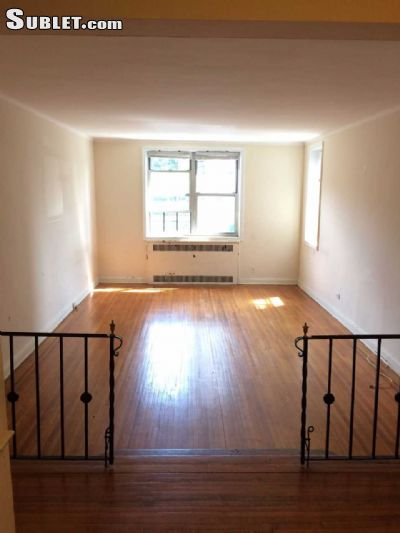 Image 2 unfurnished 2 bedroom Apartment for rent in Forest Hills, Queens