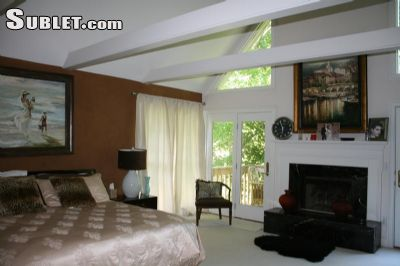 Image 2 furnished 4 bedroom House for rent in Roswell, Fulton County