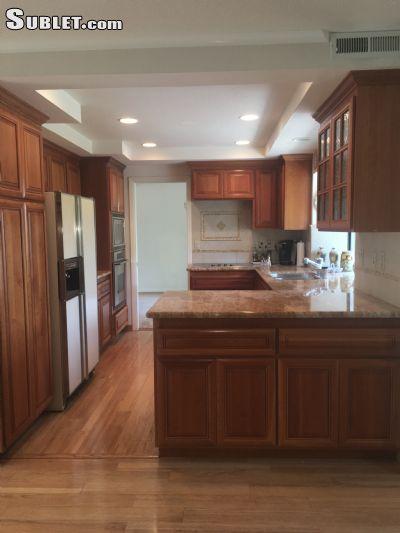 Image 3 furnished 4 bedroom House for rent in Alameda, Alameda County