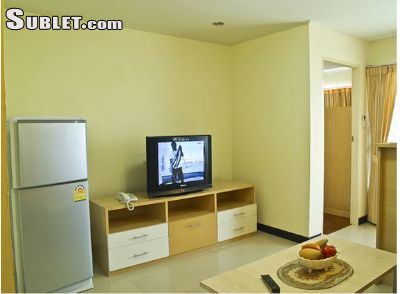 Image 4 furnished Studio bedroom Apartment for rent in Phra Khanong, Bangkok