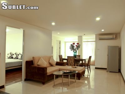 Image 3 furnished 1 bedroom Apartment for rent in Phra Khanong, Bangkok