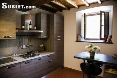 Image 2 furnished 1 bedroom House for rent in Florence, Florence