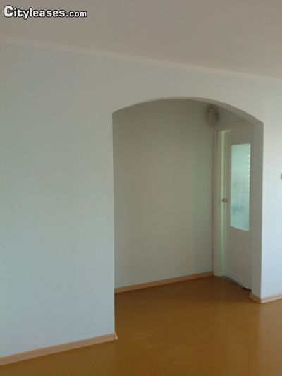 Image 3 either furnished or unfurnished 1 bedroom Apartment for rent in Haapsalu, Laane County