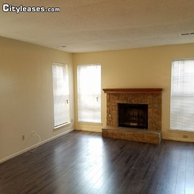 Image 3 either furnished or unfurnished 2 bedroom Townhouse for rent in Overland Park, Kansas City Area KS