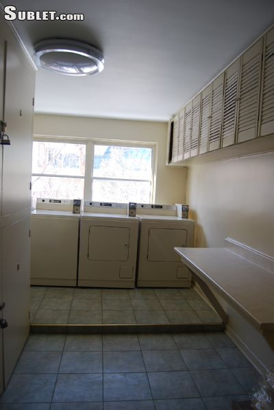 Image 8 unfurnished 2 bedroom Apartment for rent in Montreal West, Montreal Area