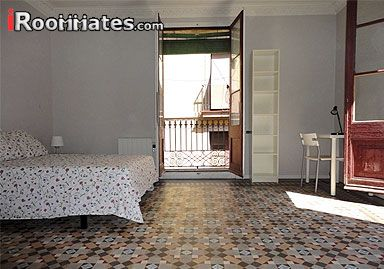 Image 1 Furnished room to rent in Barri Gotic, Ciutat Vella 5 bedroom Apartment