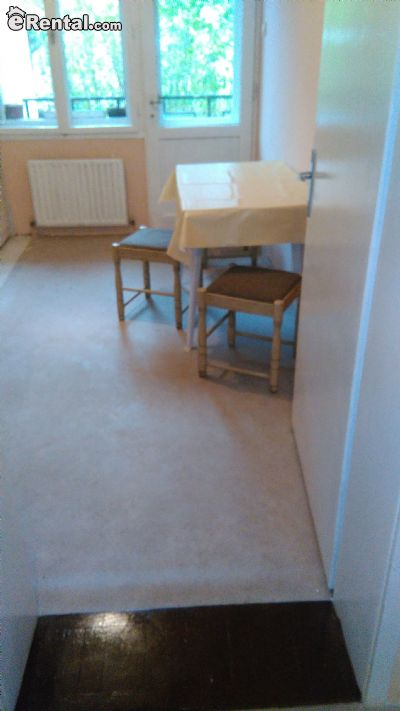Image 3 Furnished room to rent in Cukarica, Belgrade 5 bedroom Townhouse