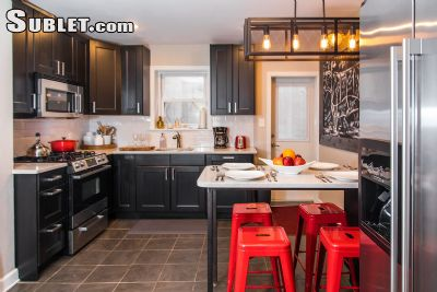 Image 2 furnished 3 bedroom Townhouse for rent in Bella Vista-Italian Market, South Philadelphia