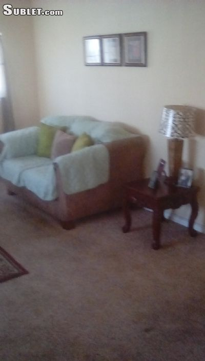 Image 2 Room to rent in Oakland Suburbs East, Alameda County 3 bedroom House