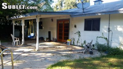 Image 4 furnished 3 bedroom House for rent in Castle Hills, NW San Antonio