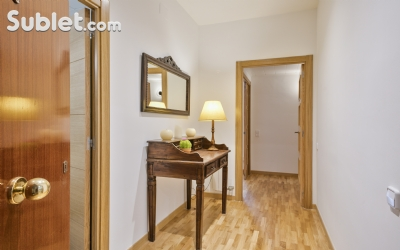 Image 2 furnished 4 bedroom Apartment for rent in Poblenou, Sant Marti
