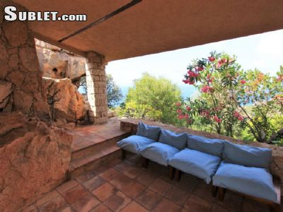 Image 4 furnished 5 bedroom House for rent in Olbia, Olbia-Tempio