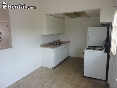 Image 4 unfurnished 3 bedroom Apartment for rent in University City, St Louis Area