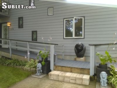 Image 2 furnished 4 bedroom House for rent in Neenah, Winnebago County
