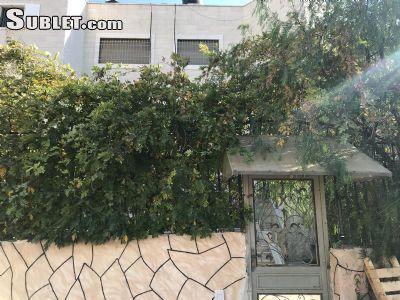 Image 3 unfurnished 3 bedroom Apartment for rent in Bab a-Zahara, East Jerusalem