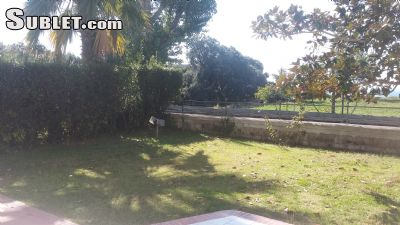 Image 4 unfurnished 4 bedroom Apartment for rent in Bacoli, Naples