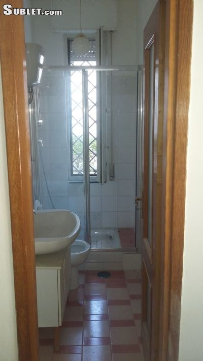 Image 8 unfurnished 4 bedroom Apartment for rent in Bacoli, Naples