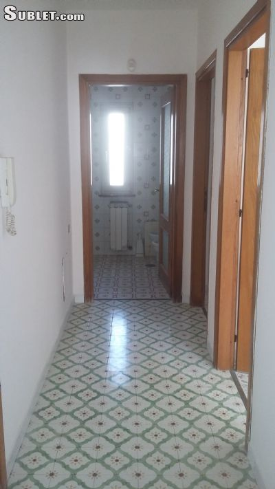 Image 9 unfurnished 4 bedroom Apartment for rent in Bacoli, Naples