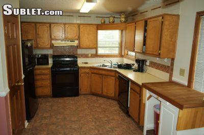 Image 2 Furnished room to rent in Hall County, Northeast Mountains 3 bedroom House