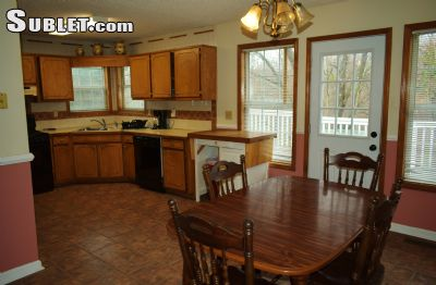 Image 4 Furnished room to rent in Hall County, Northeast Mountains 3 bedroom House